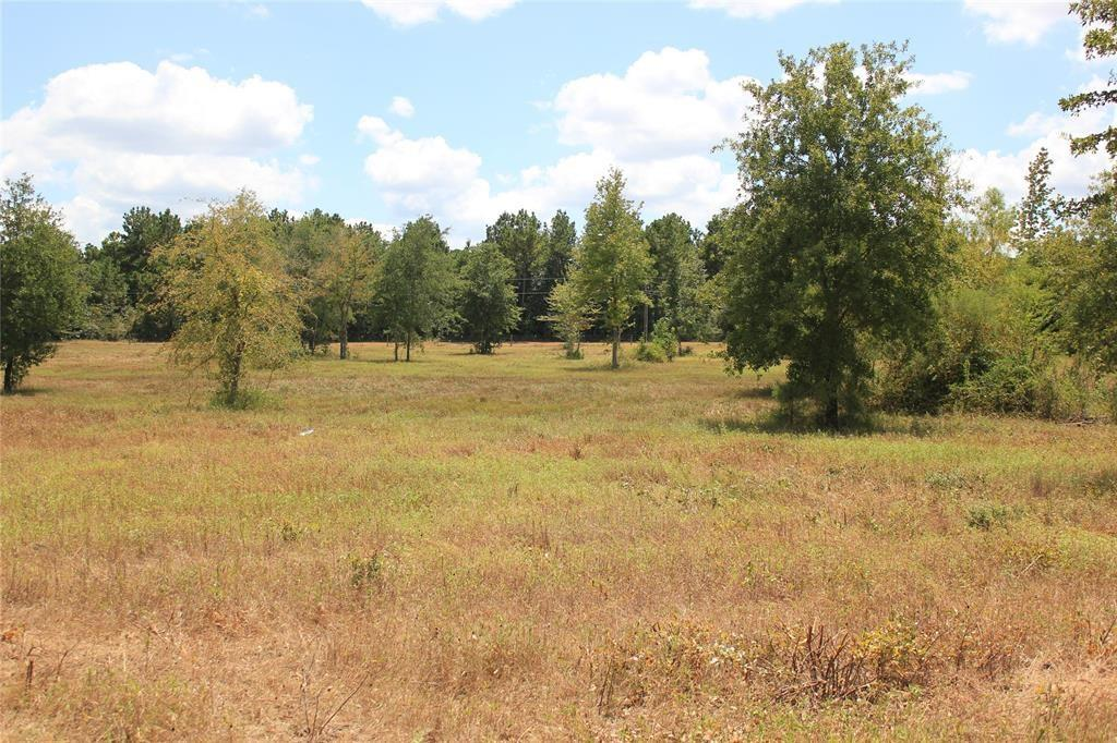 Looking for a great piece of property away from the hustle and bustle of the city, yet only a stones toss away from Houston, Conroe, and The Woodlands? This is it folks! Beautiful piece of land located in the sought after area of Anderson and within the Anderson-Shiro school district. This 19.276 corner lot has so much to offer. Partially cleared, partially wooded, with a live creek meandering through the back of the property. Bring your livestock with you and enjoy everything this place has to offer. Property offers many different types of hardwoods, in addition to several places to build that dream home you've always wanted in the country. Property sits higher in the front and gently slopes toward the back. County maintained paved road frontage with electric availability at the road. Granite Ridge is deed restricted to help retain property values. Call listing agent for any questions and prior to showing. One of the last lots left in Granite Ridge. Drawings are approximate.