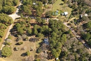 228 Pine Canyon Drive, Smithville, TX 78957
