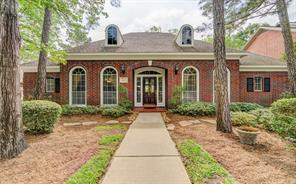 103 Lost Pond, The Woodlands TX 77381