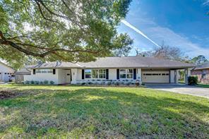5625 Pine St, Houston TX 77081