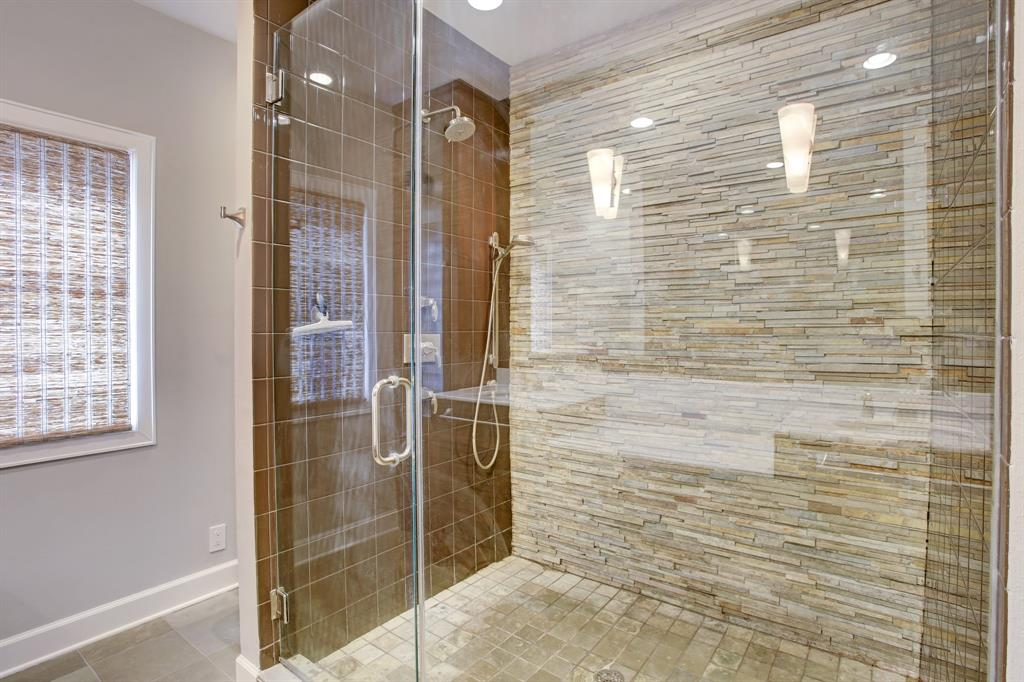 The spa like shower stall needs a picture of its own!