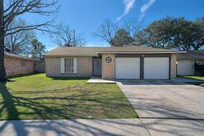 7523 Silent Wood, Houston TX 77086