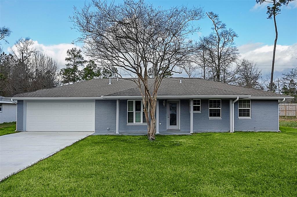 150 Wood Manor Lane, Sour Lake, TX 77659
