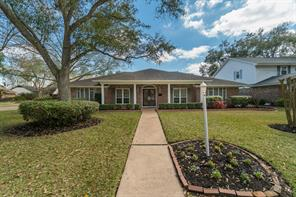 1914 Silver Bank Court, Nassau Bay, TX 77058