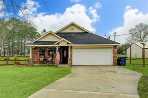 4555 County Road 155, Alvin, TX 77511