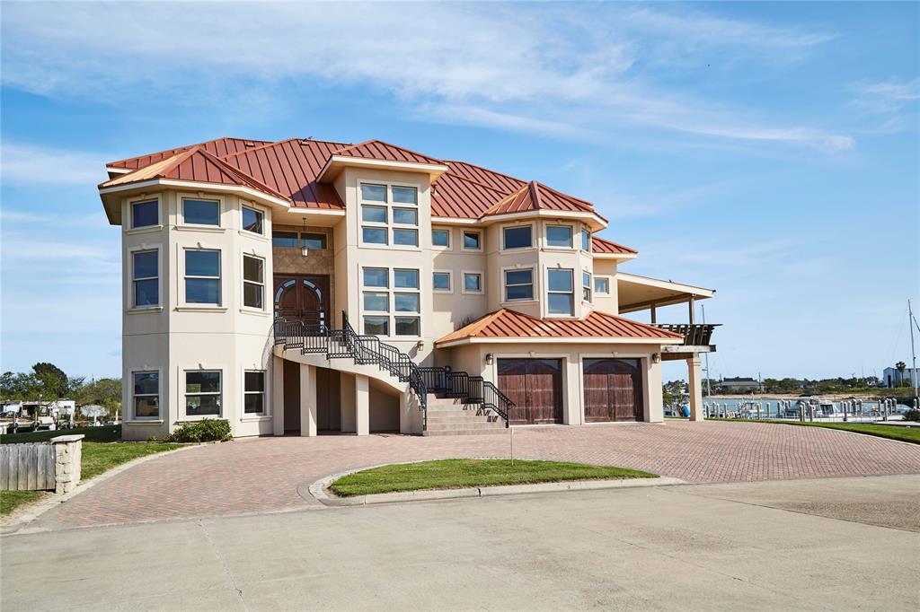 305 Anne Bonny, Port Isabel, TX 78578