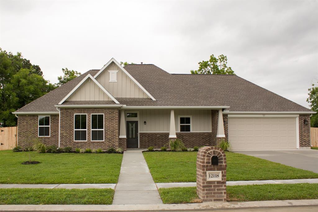 12118 Enclave Court, Santa Fe, TX 77510
