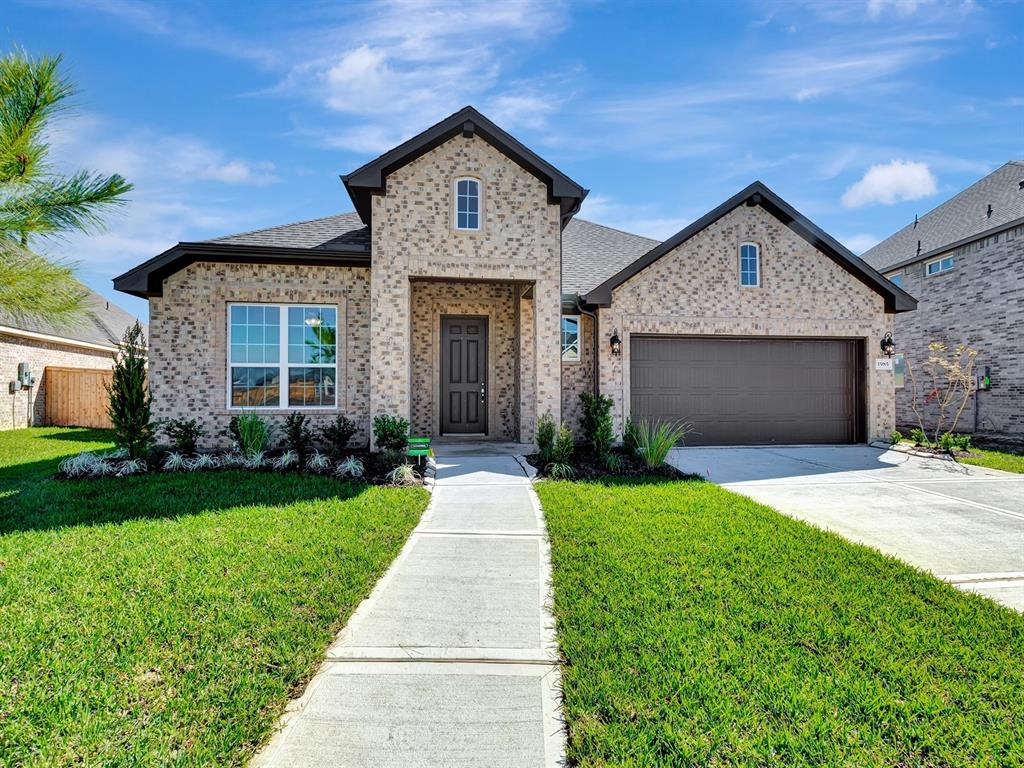 1985 Highland Meadows Drive, Pearland, TX 77089