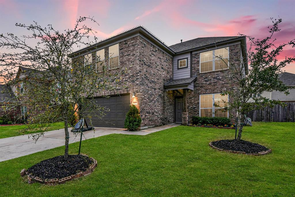 2618 Tucker Creek Drive, Fresno, TX 77545