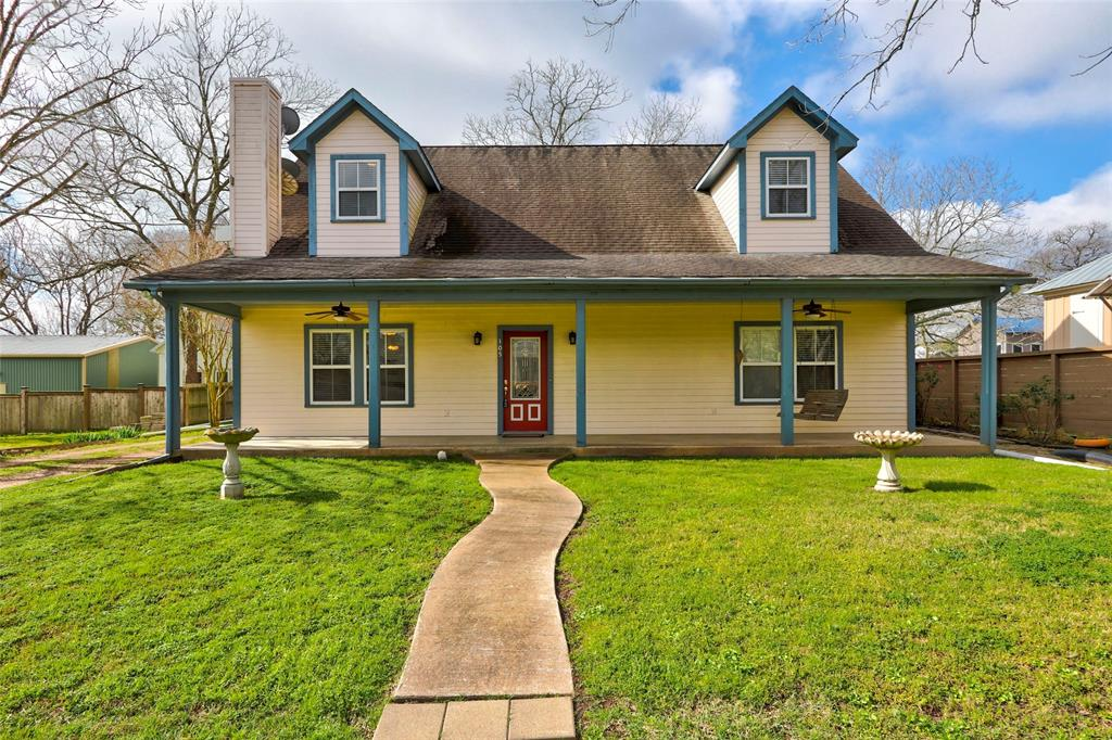 105 S Church Street, Fayetteville, TX 78940