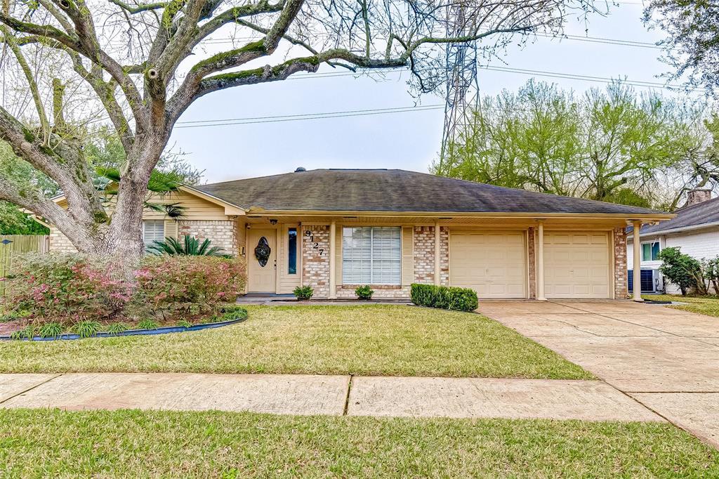 9127 TWIN HILLS Drive, Houston, TX 77031