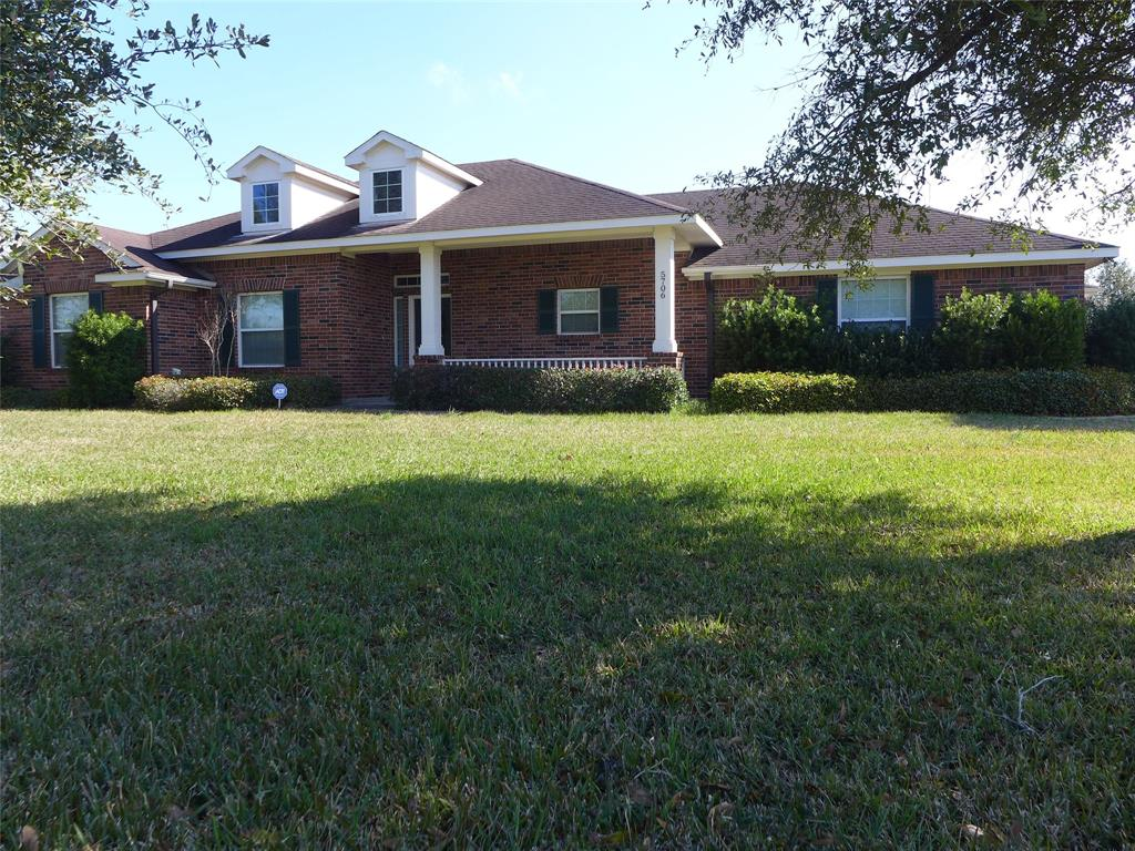 This country home shows pride of ownership, Beautiful 3 bed 2 bath home that has all you need to enjoy country living at its best, but still quick access to Sugarland and the Katy area. Kitchen has lots of custom cabinets with a tile backsplash, nice size pantry, and a kitchen Island with bar. All the appliances will stay. The floor plan was designed for family entertainment, kitchen area opens up to the family room & formal dining area. Nice arched entry to all rooms, Master bedroom has a well designed master bath,with double sinks and a separate shower with bench, big walk in closets, A large open pasture leads to the back of the property currently used for hay.  Plenty of Oak trees are planted at the back to provide ample shade. Make your appointment to see this stunning country home today!