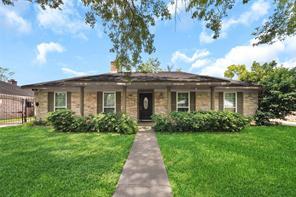 9230 Rowan Lane, Houston, TX 77036