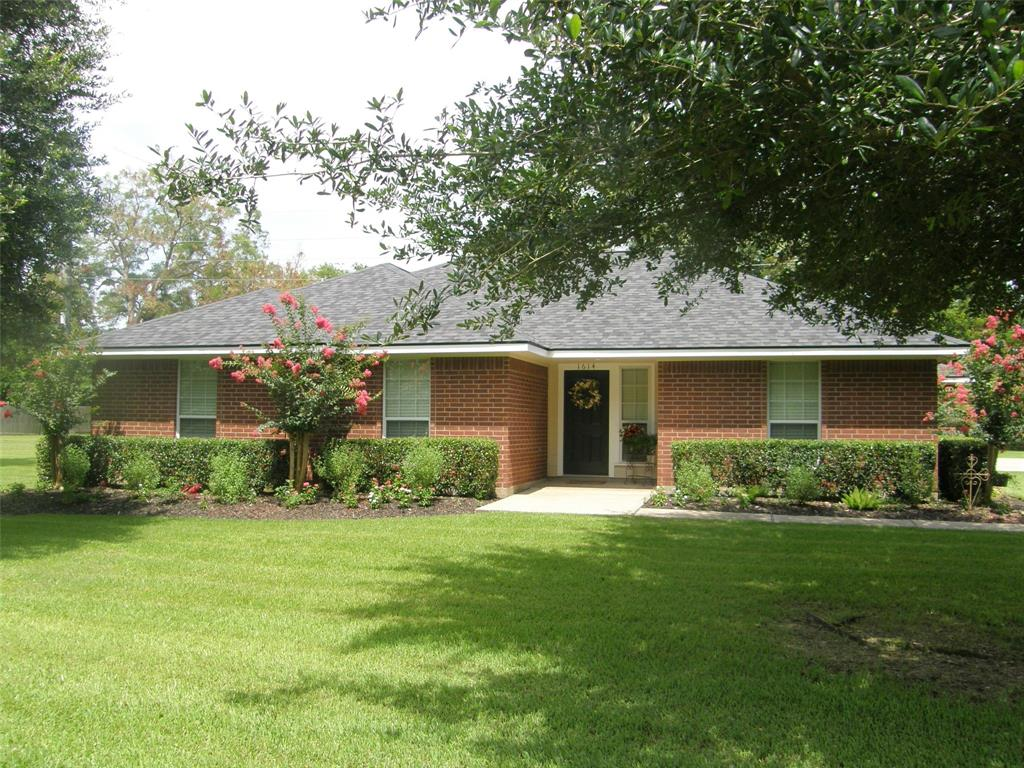 1614 Wagon Road, Simonton, TX 77476