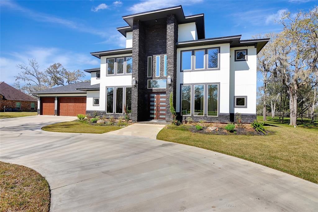 31734 Bayou Bend, Richwood, TX 77515