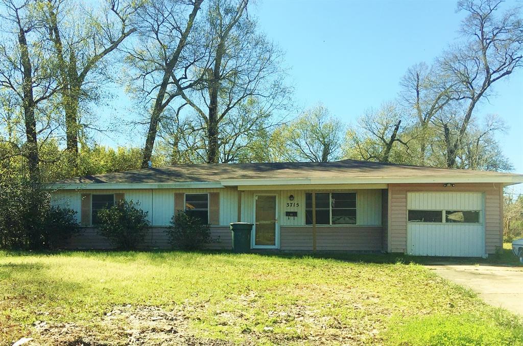 3715 Broadmoor Drive, Beaumont, TX 77707