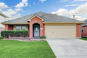 303 Mammoth Springs Lane, Dickinson, TX 77539