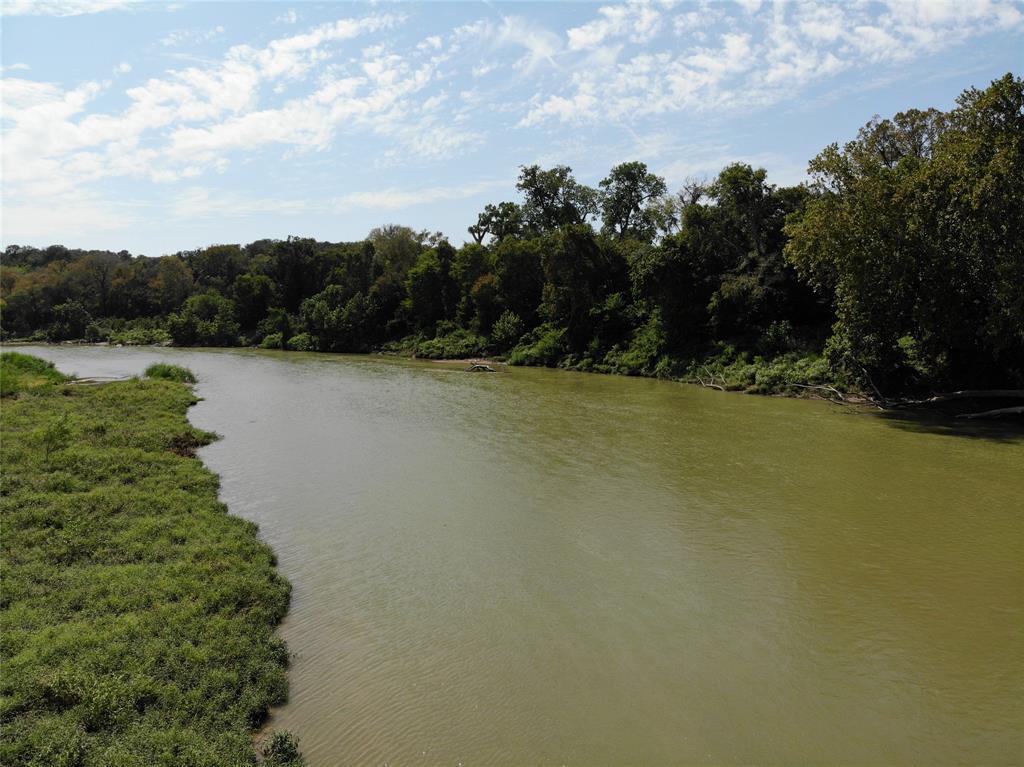 1458 Shaws Bend, Columbus, TX 78934