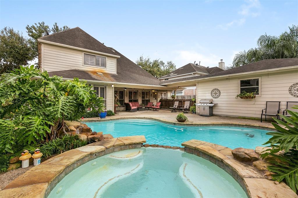5110 White Manor Drive, Pasadena, TX 77505