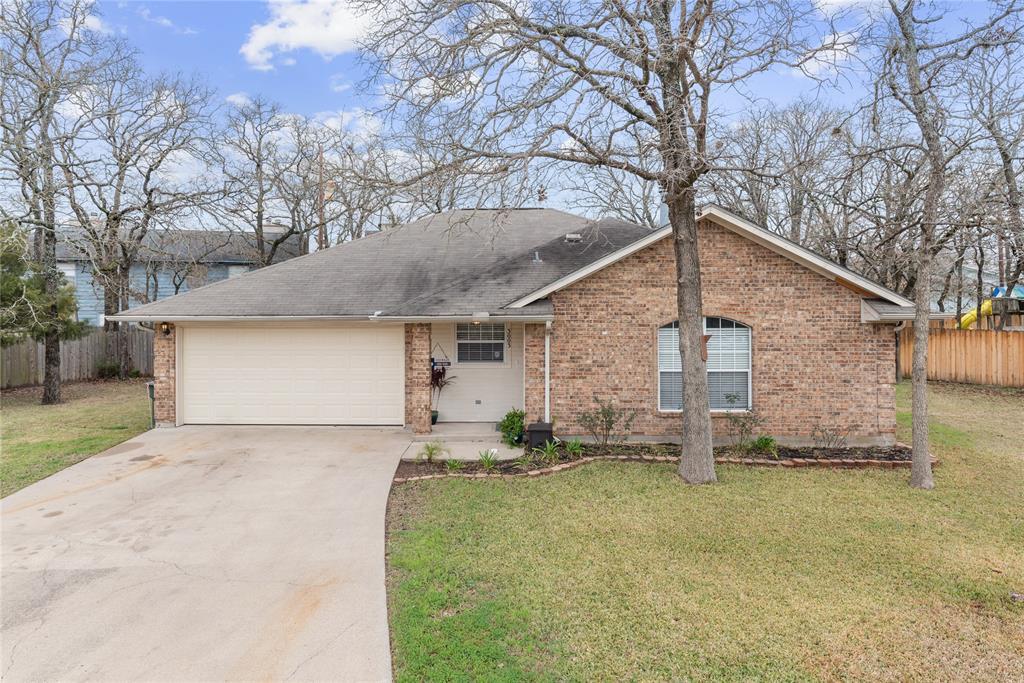 3003 Manorwood Drive, Bryan, TX 77801