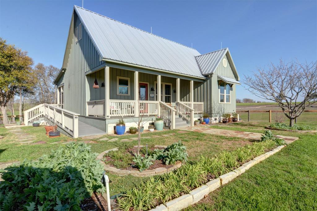 320 Blossom Hill Road, Round Top, TX 78954