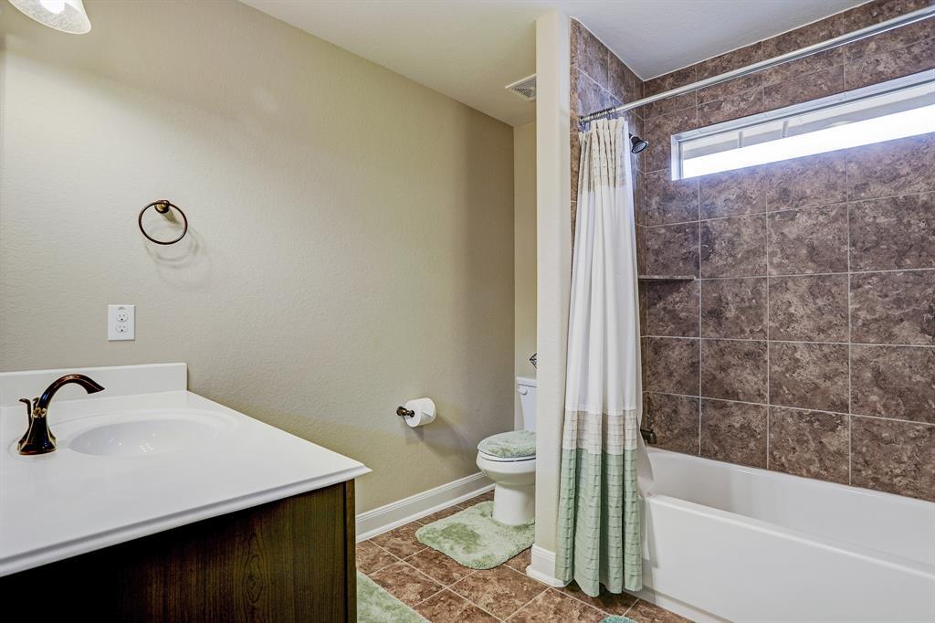 Secondary bathroom #2