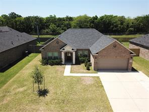 129 Majestic Oak Cir