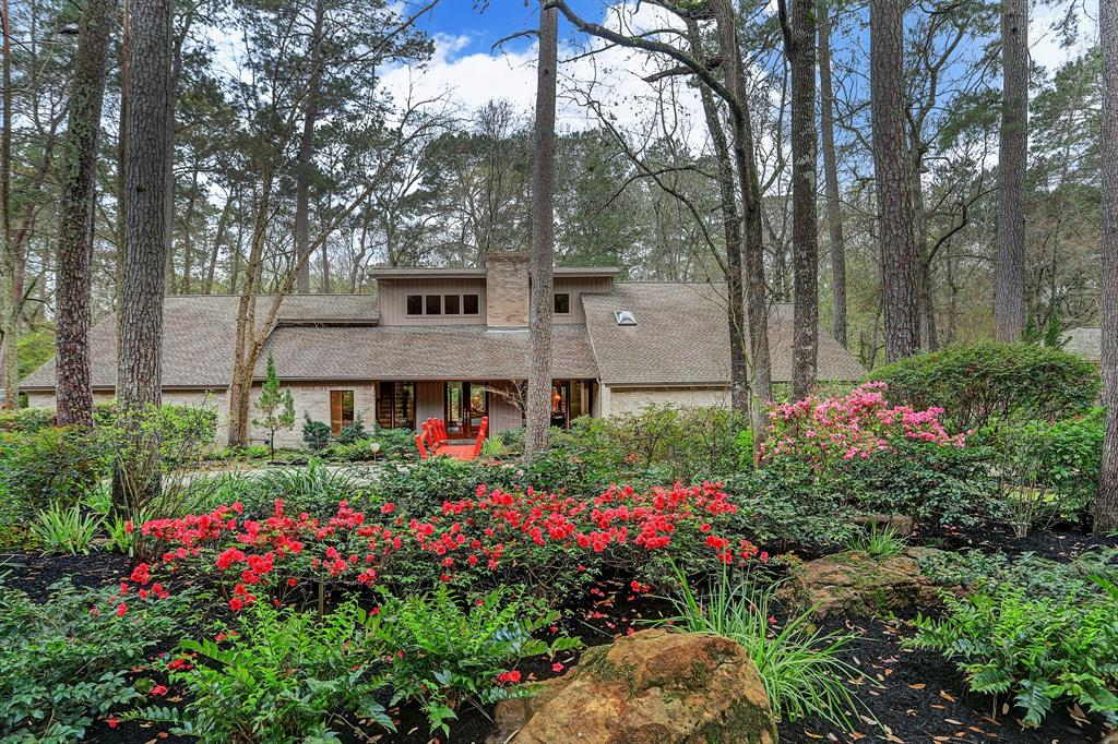 2615 Valley Manor Drive, Kingwood, TX 77339
