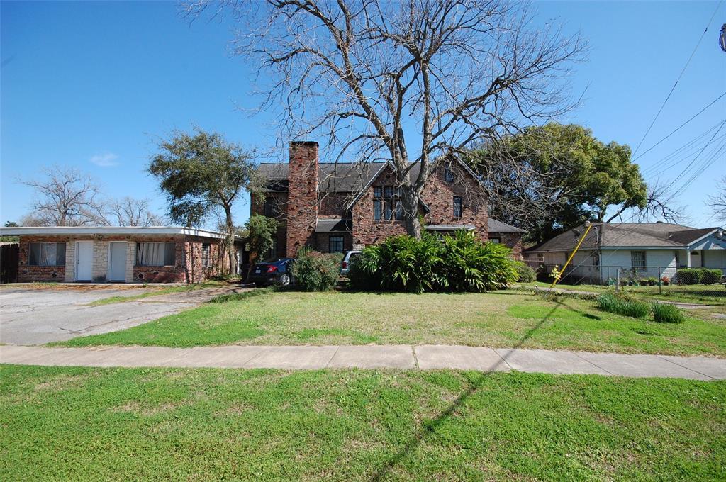 5020 Robertson Street 3, Houston, TX 77009