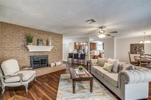 2625 N Woodloch Street, Woodloch, TX 77385