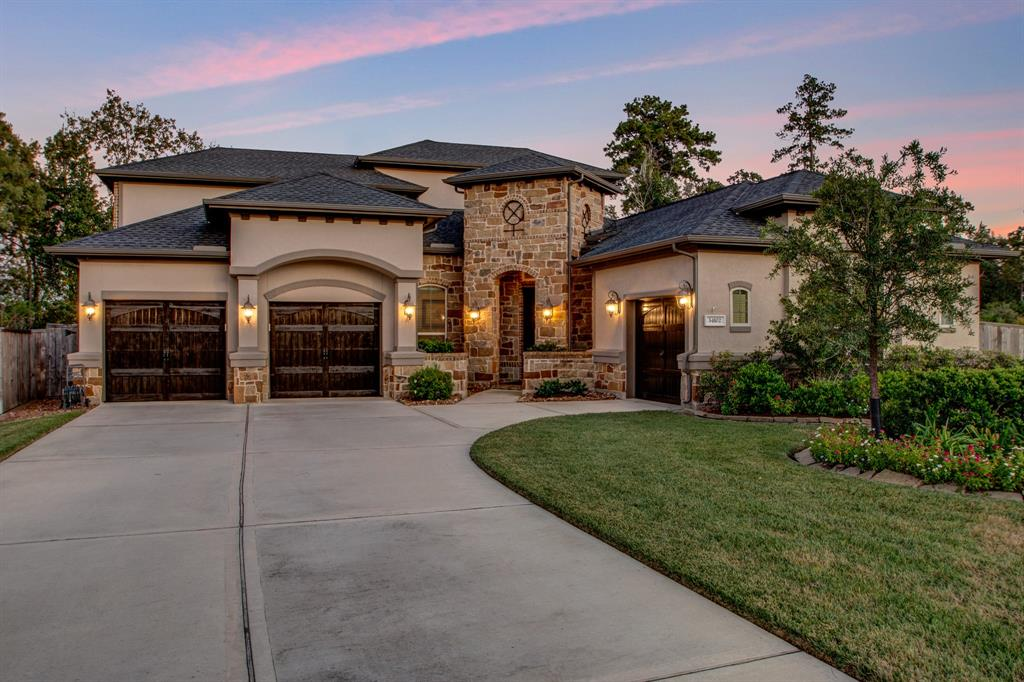 34102 Willow Bluff Lane, Pinehurst, TX 77362