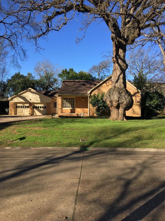 1317 N Fredonia Street, Nacogdoches, TX 75961