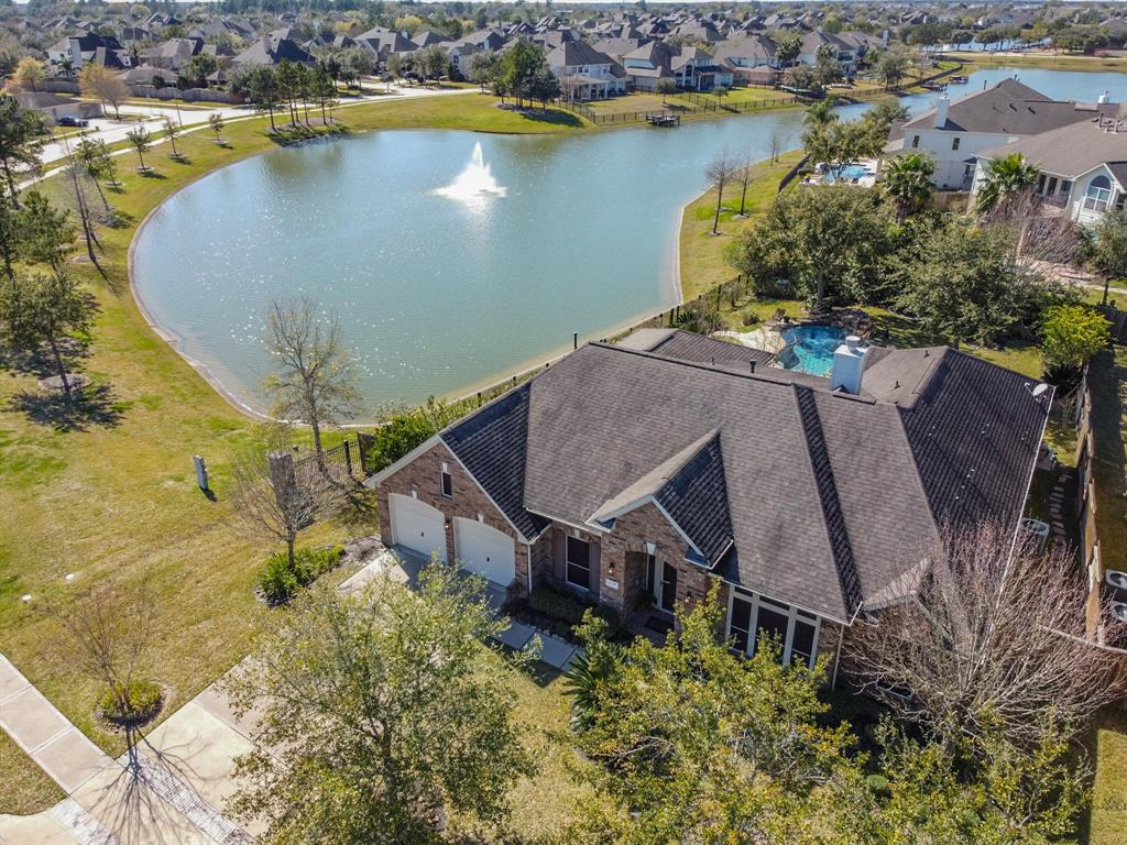 1710 Lake Grayson Drive, Katy, TX 77494