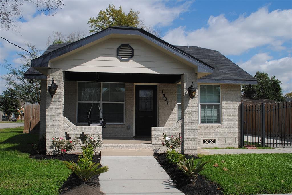 1301 Pearson Street, Houston, TX 77023