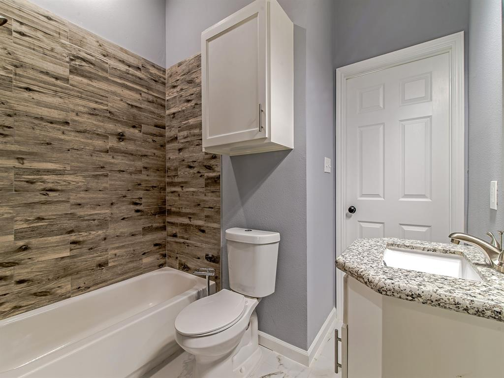 Shared bathroom for secondary bathrooms.