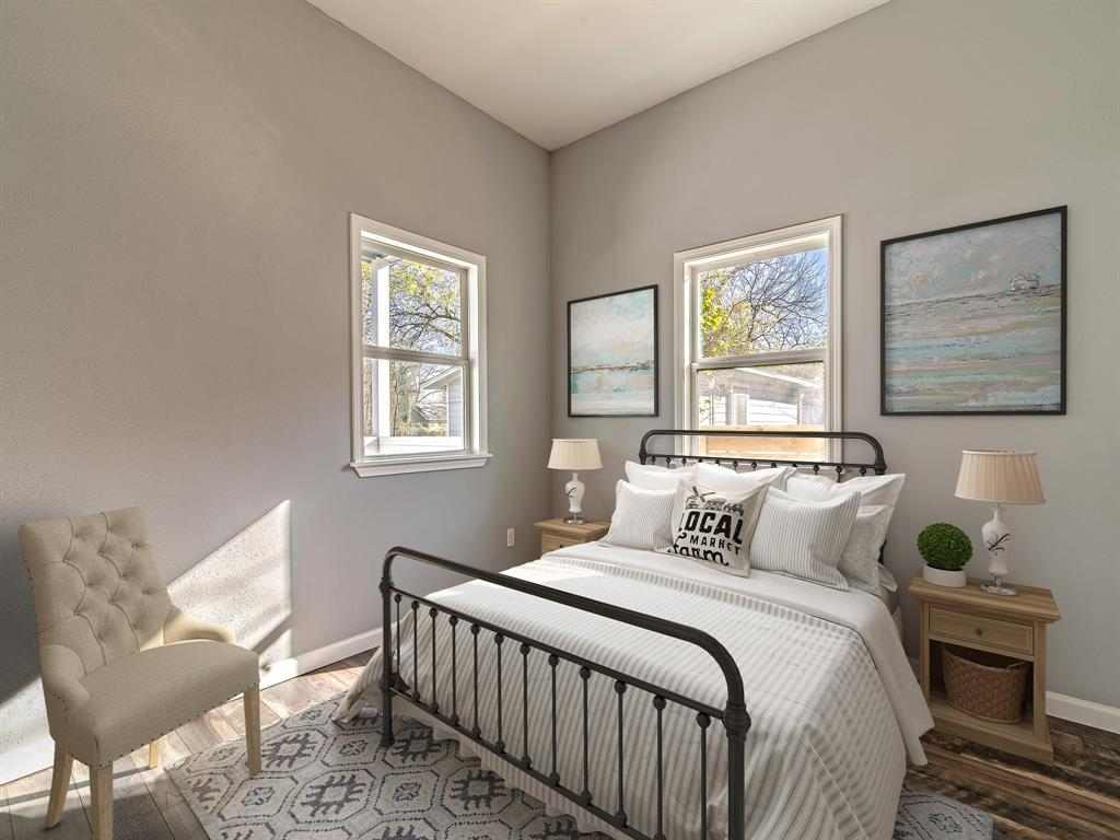 Third bedroom with access to shared bathroom. (Virtually Staged)