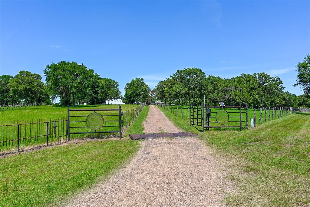 5625 S State Highway 6 Highway, Hearne, TX 77859