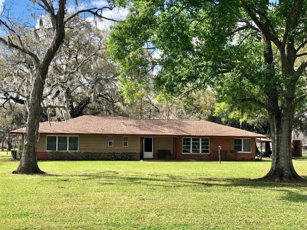 2981 County Road 353, Wild Peach Village, TX 77422