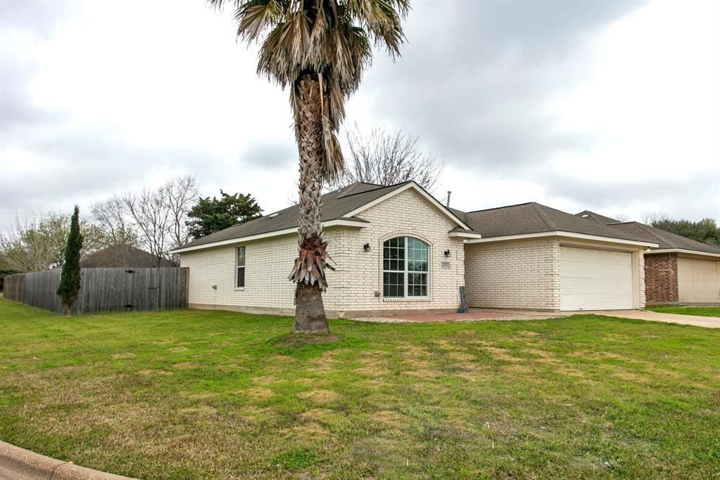 1436 Cedarcrest Lane, Bryan, TX 77803