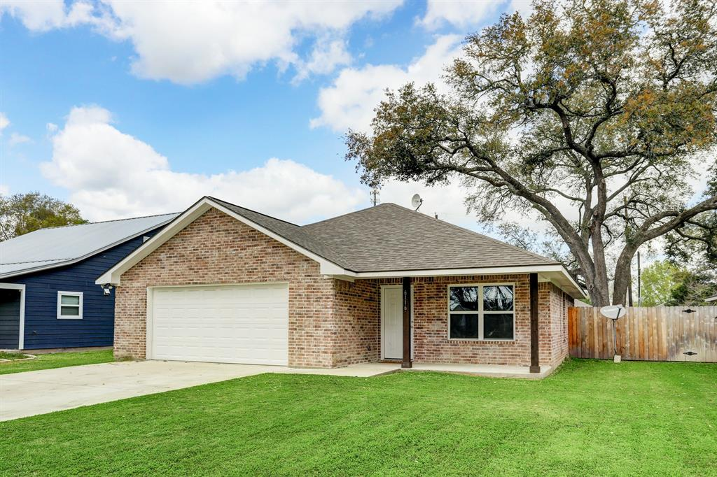 WELCOME HOME! Hard to find Modern Farmhouse newly built in 2018. Inside you will find an open concept floorplan with custom design touches throughout, such as Cedar door headers, barn door in master and landing area in mud room. Large fenced backyard with mature oak and covered patio. Ideal location only 20 minutes from Fulshear, Sealy, and Rosenburg. Small town feel close to conveniences.