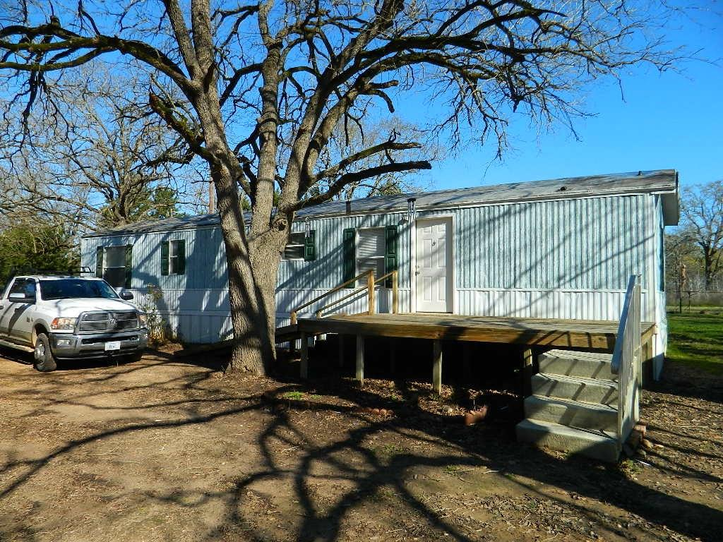 8496 County Road 367, Jewett, TX 75846
