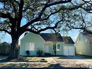 407 Defee, Baytown, TX, 77520