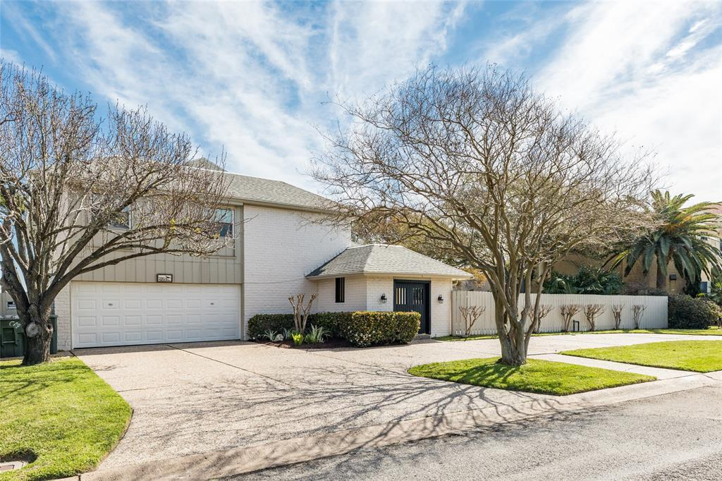 2954 Dominique Drive, Galveston, TX 77551