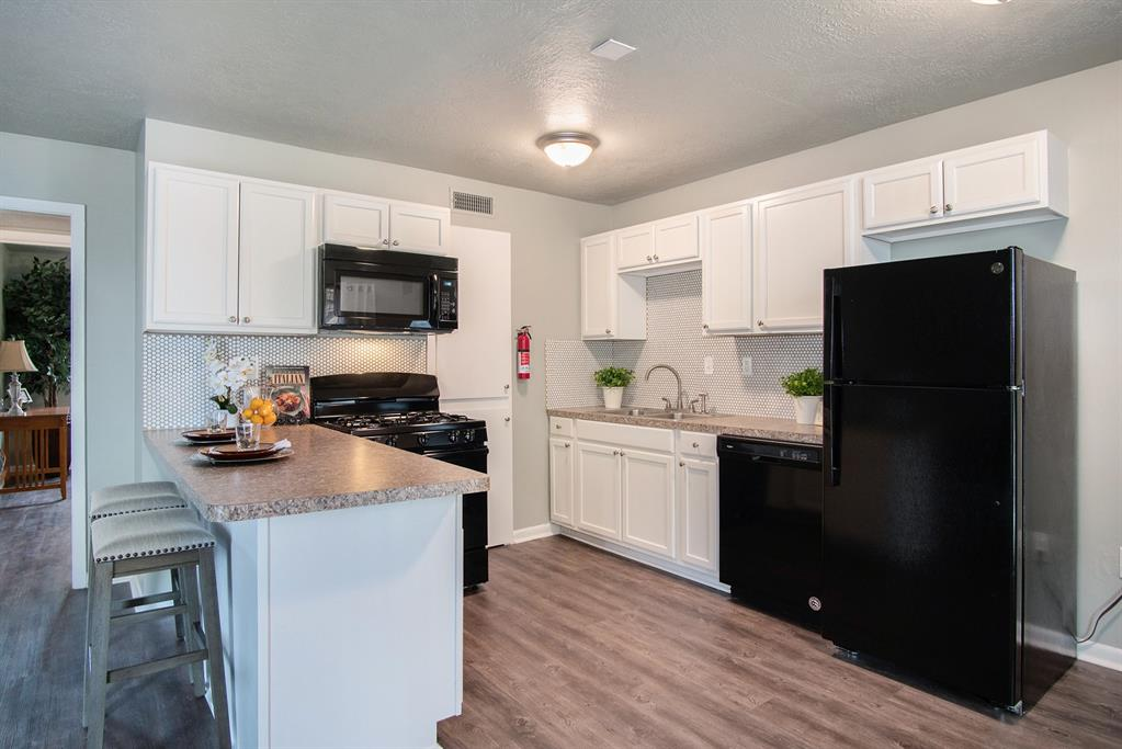 3300 S College Avenue A8, Bryan, TX 77801