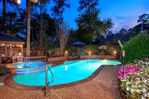 63 W Ardsley Square Place, The Woodlands, TX 77382