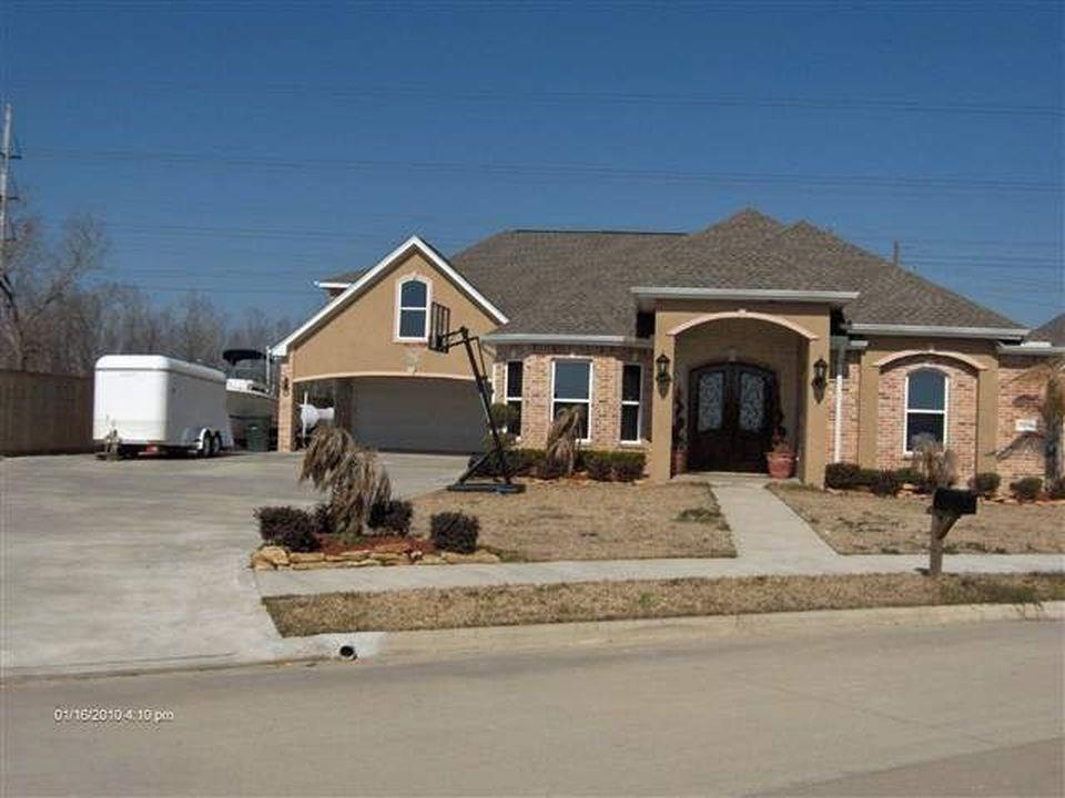 7370 Royal Meadows Circle, Port Arthur, TX 77642