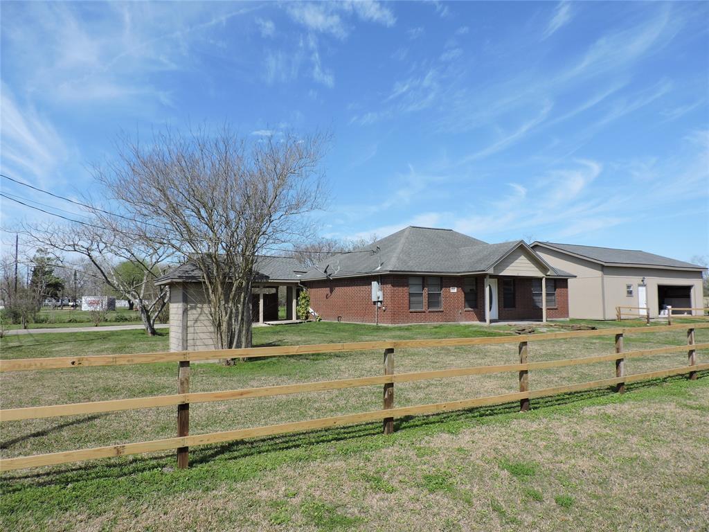 5542 Pearson Rd Road, Santa Fe, TX 77517