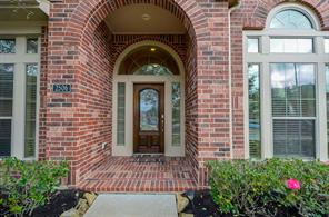 2506 Red Creek Court, Fresno, TX 77545