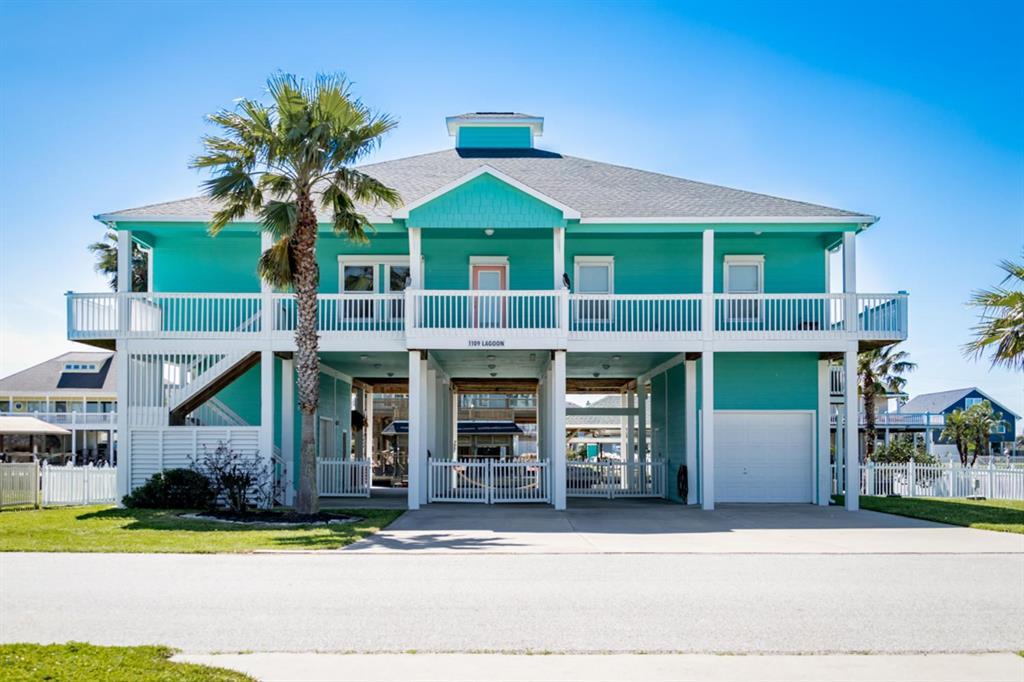 1109 Lagoon Drive, Crystal Beach, TX 77650