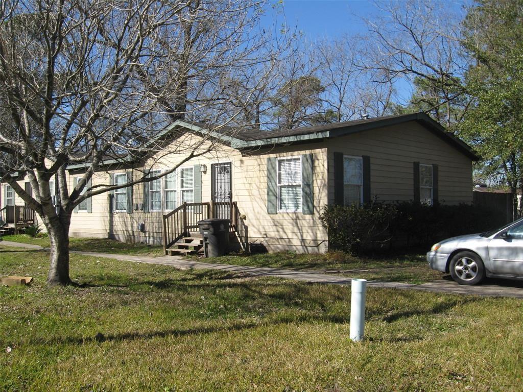 8715 Compton Street A B, Houston, TX 77016